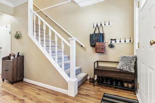 "Photo 4: 20 27090 32 Avenue in Langley: Aldergrove Langley Townhouse for sale in ""Alderwood Manor"" : MLS®# R2604693"