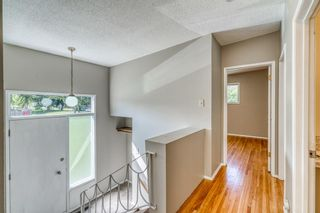 Photo 7: 726-728 Kingsmere Crescent SW in Calgary: Kingsland Duplex for sale : MLS®# A1145187