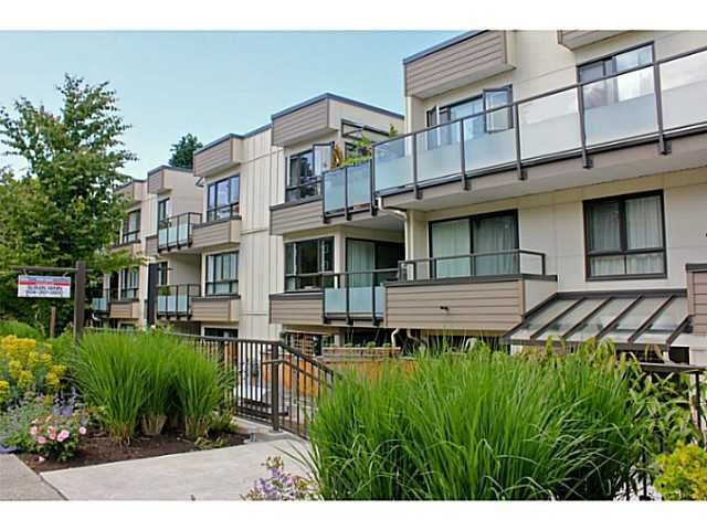 "Main Photo: 104 621 E 6TH Avenue in Vancouver: Mount Pleasant VE Condo for sale in ""FAIRMONT PLACE"" (Vancouver East)  : MLS®# V1077176"