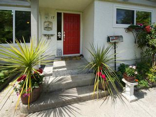 Photo 2: 17 66th Street in Tsawwassen: Boundary Beach House for sale