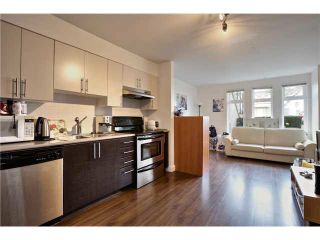 """Photo 8: 106 5568 KINGS Road in Vancouver: University VW Townhouse for sale in """"GALLERIA"""" (Vancouver West)  : MLS®# V1109797"""