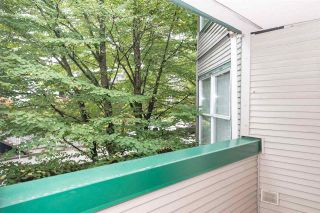 Photo 11: 305 509 CARNARVON Street in New Westminster: Downtown NW Condo for sale : MLS®# R2210081