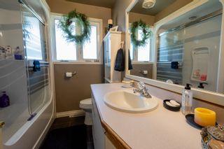 Photo 25: 30 LaVerendrye Crescent in Portage la Prairie: House for sale : MLS®# 202108992