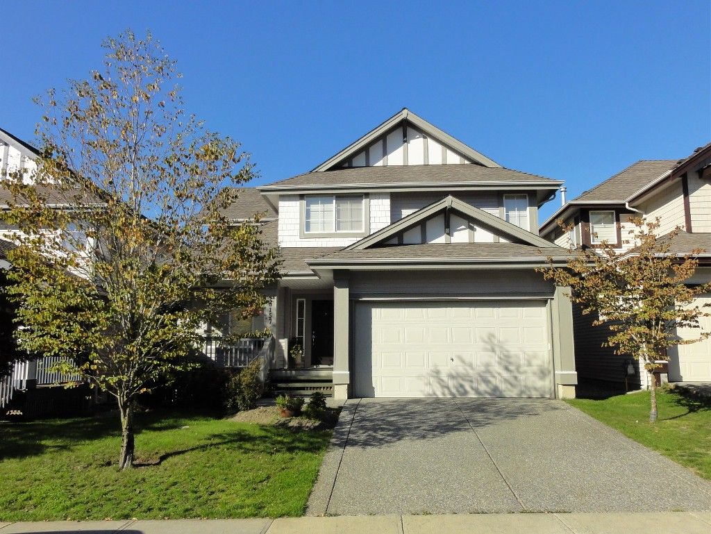 OUTSTANDING!  Immaculate 2 Storey with Basement Executive Family Home