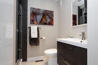 Photo 24: 30 Kinsbourne Green in Winnipeg: House for sale : MLS®# 202116378