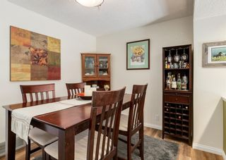 Photo 8: 19 Coachway Green SW in Calgary: Coach Hill Row/Townhouse for sale : MLS®# A1144999