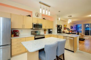 "Photo 9: 53 15 FOREST PARK Way in Port Moody: Heritage Woods PM Townhouse for sale in ""DISCOVERY RIDGE"" : MLS®# R2540995"