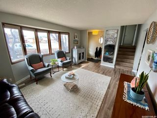 Photo 4: 235 McCarthy Boulevard North in Regina: Normanview Residential for sale : MLS®# SK865155