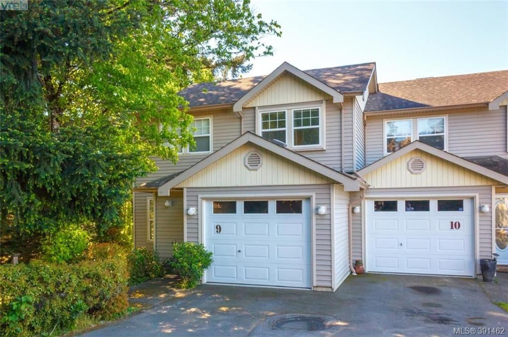 Main Photo: 9 2563 Millstream Rd in VICTORIA: La Mill Hill Row/Townhouse for sale (Langford)  : MLS®# 786813