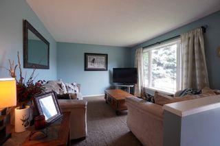 Photo 2: 40 Brown Bay in Portage la Prairie: House for sale : MLS®# 202116386