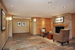 Photo 7: 209 2601 Whiteley Court in North Vancouver: Lynn Valley Condo for sale : MLS®# R2112893