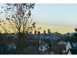 Photo 2: 2023 KITCHENER Street in Vancouver: Grandview VE House for sale (Vancouver East)  : MLS®# V924913