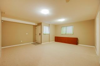 """Photo 16: 6955 196A Street in Langley: Willoughby Heights House for sale in """"Camden Park"""" : MLS®# R2446076"""
