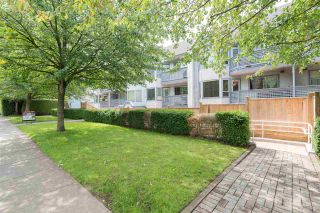 """Photo 2: 108 315 E 3RD Street in North Vancouver: Lower Lonsdale Condo for sale in """"DUNBARTON MANOR"""" : MLS®# R2083441"""