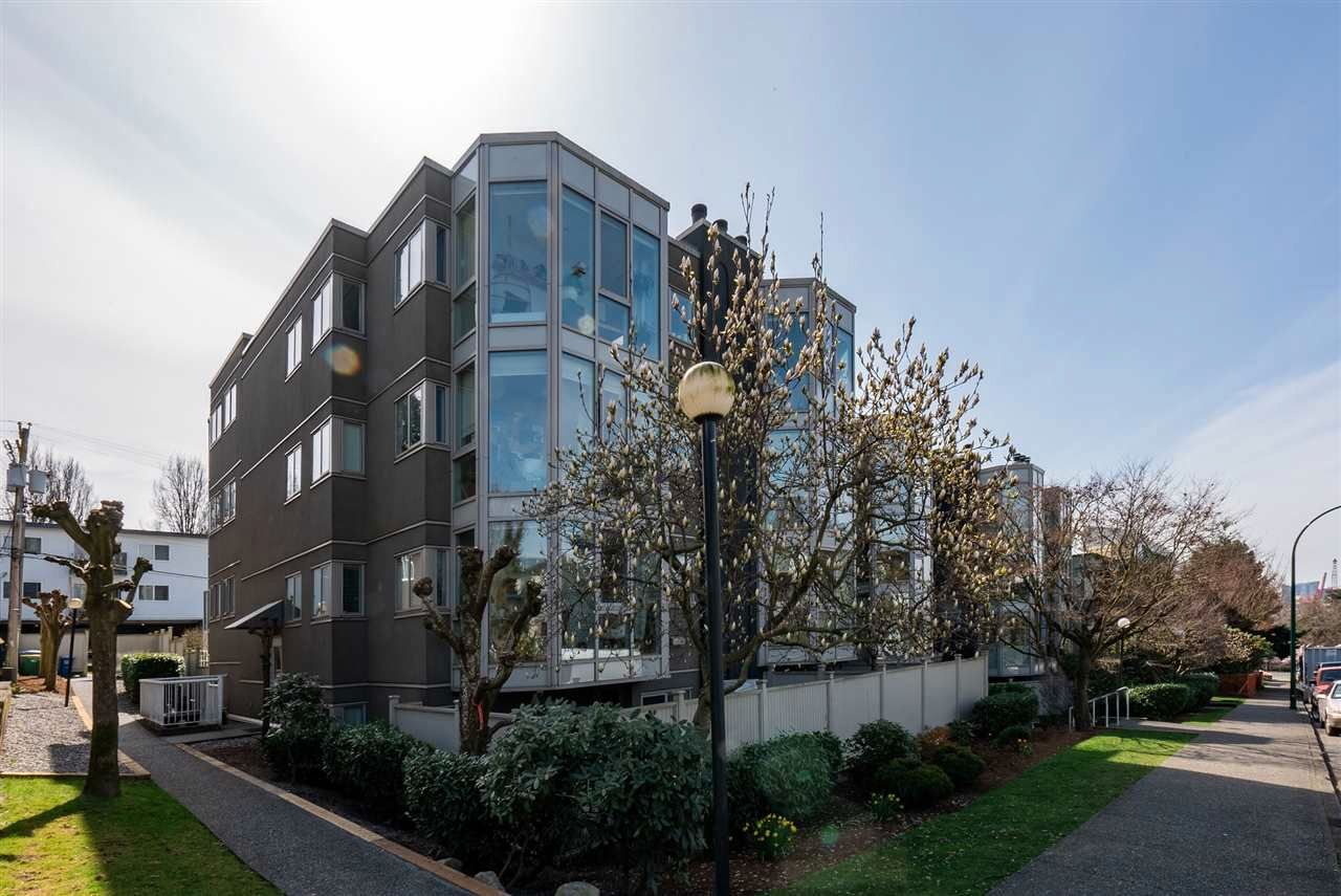 """Main Photo: PH10 2238 ETON Street in Vancouver: Hastings Condo for sale in """"Eton Heights"""" (Vancouver East)  : MLS®# R2562187"""
