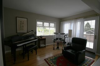 Photo 7: 736 W 66th Avenue in Vancouver: Home for sale : MLS®# V833696