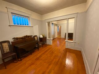 Photo 4: 279 E 18TH Avenue in Vancouver: Main House for sale (Vancouver East)  : MLS®# R2562995
