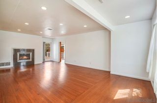 Photo 8: PACIFIC BEACH House for sale : 4 bedrooms : 1212 Diamond St. in San Diego