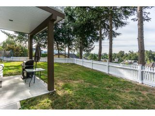 Photo 2: 31030 HERON Avenue in Abbotsford: Abbotsford West House for sale : MLS®# R2207673