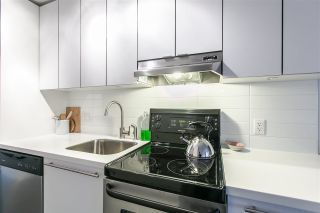 """Photo 2: 306 370 CARRALL Street in Vancouver: Downtown VE Condo for sale in """"21 Doors"""" (Vancouver East)  : MLS®# R2557120"""