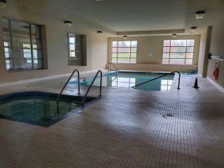 """Photo 13: 611 14333 104 Avenue in Surrey: Whalley Condo for sale in """"PARK CENTRAL"""" (North Surrey)  : MLS®# R2452868"""