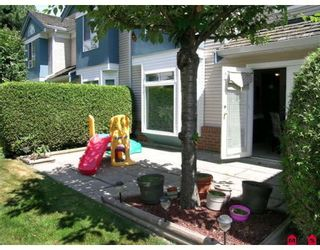 """Photo 9: 134 14154 103RD Avenue in Surrey: Whalley Townhouse for sale in """"TIFFANY SPRINGS"""" (North Surrey)  : MLS®# F2823004"""