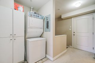 """Photo 11: 109 10289 133 Street in Surrey: Whalley Townhouse for sale in """"Whalley"""" (North Surrey)  : MLS®# R2438608"""