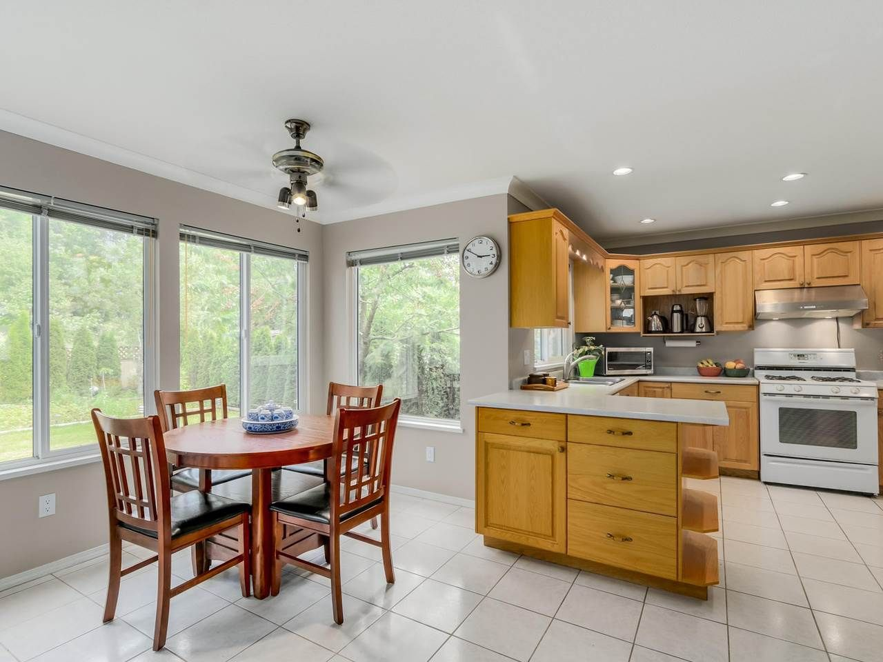 """Photo 7: Photos: 8238 149 Street in Surrey: Bear Creek Green Timbers House for sale in """"SHAUGHNESSY"""" : MLS®# R2078750"""