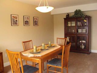 """Photo 9: 6657 N GALE Avenue in Sechelt: Sechelt District House for sale in """"Seawatch at the Shores"""" (Sunshine Coast)  : MLS®# V824444"""