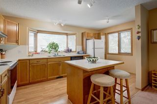 Photo 10: 101 Glenbrook Villas SW in Calgary: Glenbrook Row/Townhouse for sale : MLS®# A1141903