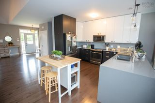 Photo 7: 17 Highland Drive in Ardoise: 403-Hants County Residential for sale (Annapolis Valley)  : MLS®# 202125752