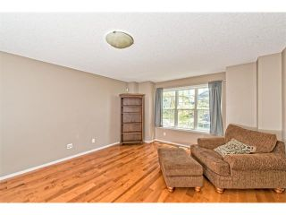Photo 2: 224 COVEPARK Green NE in Calgary: Coventry Hills House for sale : MLS®# C4057096