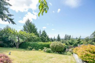 """Photo 4: 7683 GARFIELD Drive in Delta: Nordel House for sale in """"Royal York"""" (N. Delta)  : MLS®# R2477858"""
