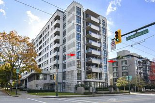 """Photo 1: 404 2851 HEATHER Street in Vancouver: Fairview VW Condo for sale in """"Tapestry"""" (Vancouver West)  : MLS®# R2512313"""