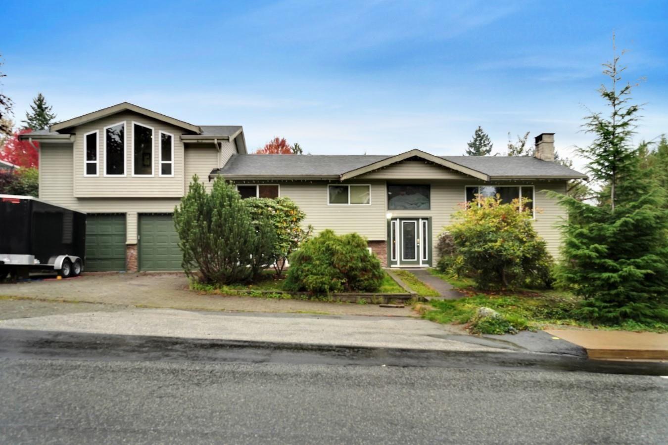 Main Photo: 40400 THUNDERBIRD Ridge in Squamish: Garibaldi Highlands House for sale : MLS®# R2625604
