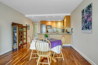 """Photo 16: 209 1490 PENNYFARTHING Drive in Vancouver: False Creek Condo for sale in """"Harbour Cove 3"""" (Vancouver West)  : MLS®# R2560559"""