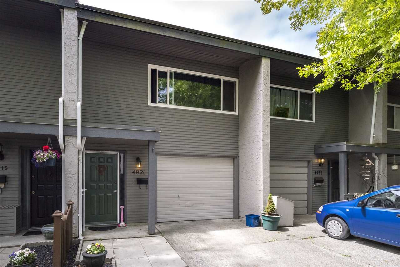 Main Photo: 4921 RIVER REACH in Delta: Ladner Elementary Townhouse for sale (Ladner)  : MLS®# R2268861