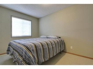 Photo 25: 290 COUGARSTONE Circle SW in Calgary: 2 Storey for sale : MLS®# C3586992