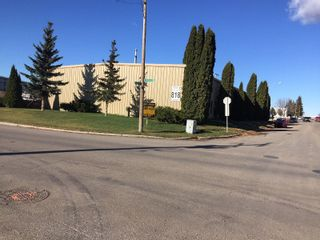 Photo 3: 818 Cynthia Street East in Saskatoon: Airport Industrial Commercial for sale