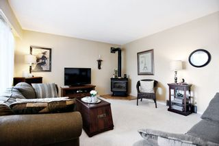 Photo 2: 34564 KENT Avenue in Abbotsford: Abbotsford East House for sale : MLS®# R2118135