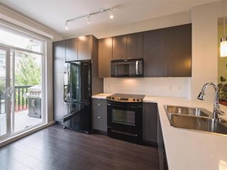 "Photo 3: 70 19505 68A Avenue in Surrey: Clayton Townhouse for sale in ""Clayton Rise"" (Cloverdale)  : MLS®# R2301479"