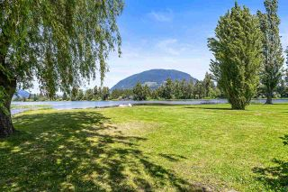 """Photo 1: 8490 BENBOW Street in Mission: Hatzic House for sale in """"HATZIC LAKE"""" : MLS®# R2582632"""