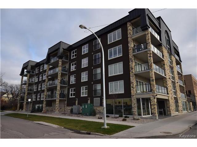 Main Photo: 680 Tache Avenue in Winnipeg: St Boniface Condominium for sale (2A)  : MLS®# 1629576