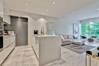 """Photo 8: 203 181 W 1ST Avenue in Vancouver: False Creek Condo for sale in """"BROOK - VILLAGE ON FALSE CREEK"""" (Vancouver West)  : MLS®# R2504203"""