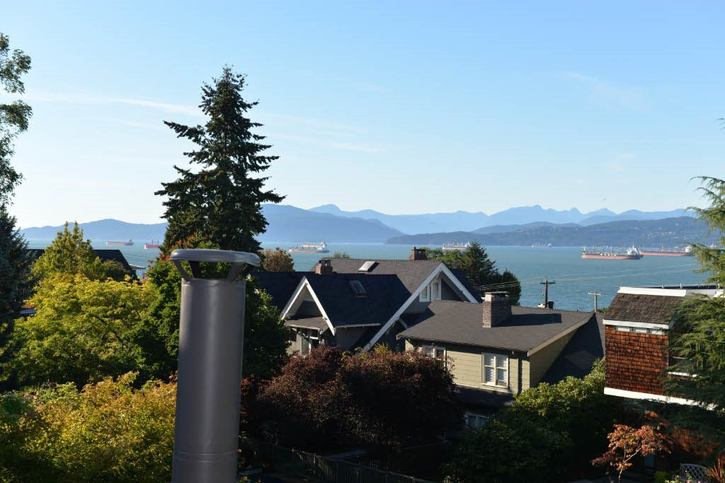 Main Photo: 2548 W 1ST AVENUE in : Kitsilano Townhouse for sale (Vancouver West)  : MLS®# R2107393