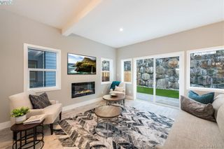 Photo 2: 957 Peace Keeping Cres in VICTORIA: La Walfred House for sale (Langford)  : MLS®# 823615