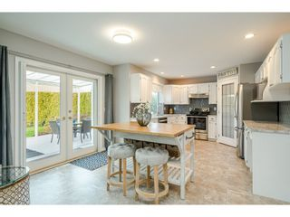 """Photo 10: 22111 45A Avenue in Langley: Murrayville House for sale in """"Murrayville"""" : MLS®# R2542874"""