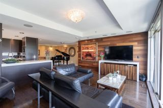 """Photo 8: 8561 SEASCAPE Lane in West Vancouver: Howe Sound Townhouse for sale in """"Seascapes"""" : MLS®# R2533787"""