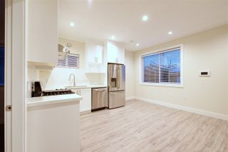 Photo 19: 2158 MANNERING Avenue in Vancouver: Collingwood VE 1/2 Duplex for sale (Vancouver East)  : MLS®# R2309901