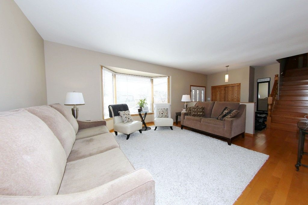 Photo 6: Photos: 123 Hunterspoint Road in Winnipeg: Charleswood Single Family Detached for sale (1G)  : MLS®# 1707500